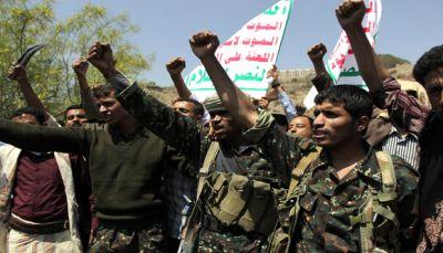 موقع الجيش: الحوثيون يستخدمون الرصاص الحي لمنع مقاتليهم من الفرار شرق صنعاء