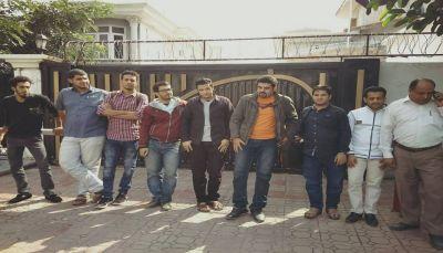 السفارة اليمنية بباكستان: مشكلة مستحقات الطلاب مرتبطة بوزارة التعليم العالي