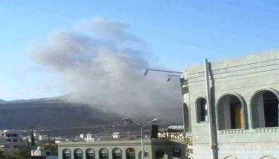 """صنعاء: مقاتلات التحالف تستهدف """"فج عطان"""" بست غارات جوية"""
