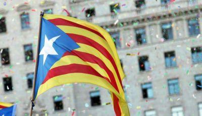 إسبانيا تقيل 141 مسؤولا كتالونياً بينهم رئيس حكومة الإقليم