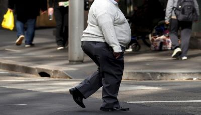 خطر الإصابة بعدم انتظام ضربات القلب يزيد مع تقدم العمر وزيادة الوزن