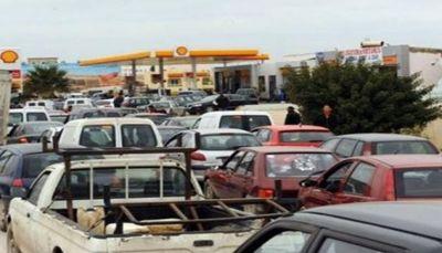 صنعاء: أزمة المشتقات النفطية الي الواجهة مجددا بعد قرار التحالف إغلاق المنافذ مع اليمن