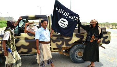مقتل ثلاثة من مسلحي القاعدة بينهم قيادي في مواجهات مع قبليين بأبين