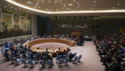 مجلس الأمن يدعو التحالف إلى إعادة فتح المنافذ إلى اليمن للسماح بتدفق المساعدات الانسانية