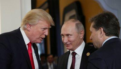 مسؤولا مخابرات أمريكان سابقان: بوتين يتلاعب بترامب