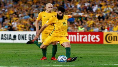 ثلاثية يديناك ترسل استراليا إلى كأس العالم