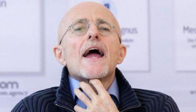 طبيب إيطالي يعلن نجاح أول عملية زرع رأس في العالم