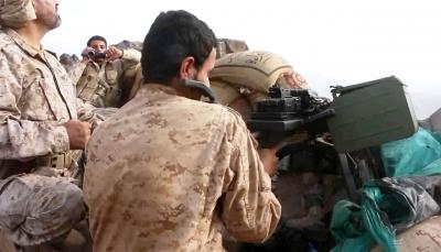"""الجيش يسيطر على مواقع جديدة ويتقدم نحو """"نقيل بن غيلان"""" بنهم ومقتل 23حوثياً (تحديث)"""