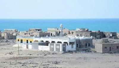 """أسرى من مليشيات الحوثي بمعارك مع القوات الحكومية بـ""""المخا"""""""