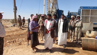 """حملة """"الكويت الى جانبكم""""..تدشن المرحلة الأولى من مشروع المياة بـ""""شبوة"""""""