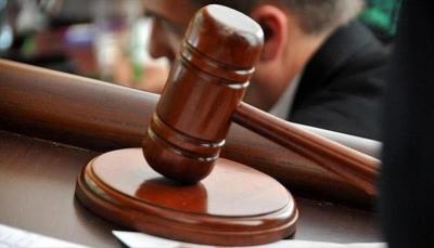 مصر: الحكم بحبس وتغريم محام دعا لاغتصاب مرتديات السراويل الممزقة