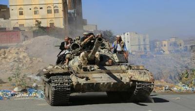 """تعز: الجيش يسيطر على مواقع استراتيجية جنوبي """"المخا"""" ويتقدم نحو """"الحديدة"""""""