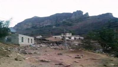 """حجة: معارك بين الحوثيين وقبليين بمنطقة """"بني سراع"""" ومقتل 20حوثياً بغارات جوية"""