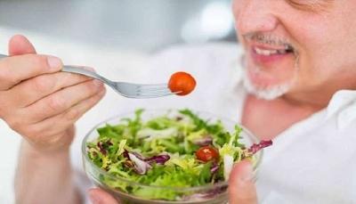 تعرف على الخضروات تمنح الدماغ 11 عاما من الشباب