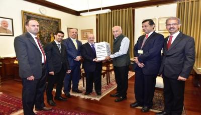 دبلوماسي يمني: الهند تمنح تأشيرات للطلاب والمرضى لتخفيف قيود السفر