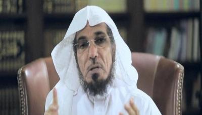 """نجل الداعية السعودي """"المعتقل"""" سلمان العودة يعلن نقل والده للمشفى"""