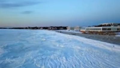شاهد - تجمد أجزاء واسعة من المحيط الأطلسي بعد إنخفاض الحرارة إلى 20 تحت الصفر