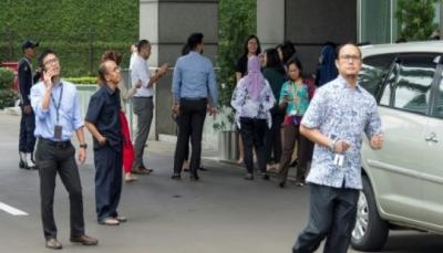 زلزال قوي يضرب مناطق في اندونيسيا ويثير الذعر