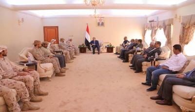 الحكومة والتحالف العربي يؤكدان رفضهما القاطع لدعوات العنف والتخريب في عدن