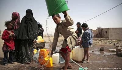 اليمن.. سوء التغذية يدفع الأمهات إلى العمل لإطعام أطفالهن (تقرير)
