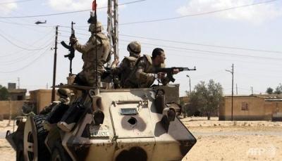 """الجيش المصري يبدأ عملية عسكرية واسعة لمكافحة """"الإرهاب"""""""