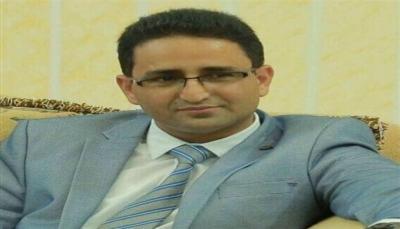 """مسؤول يمني يصف رؤية وزير الدفاع الأمريكي للحل باليمن بـ""""المسكنات"""""""