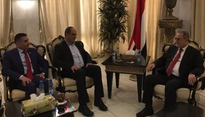 وزير الخارجية يدعو لوضع آليات شفافة لتوزيع المساعدات ووضع حد للمتاجرة فيها