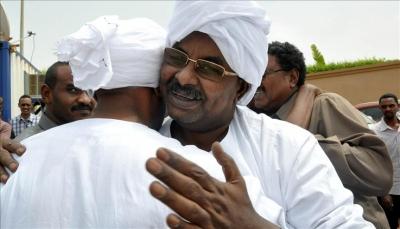 """يلقب بـ """"رجل البشير القوي"""".. 5 ملفات استدعت عودة صلاح قوش مديرا للمخابرات السودانية"""