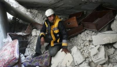مسعفون ينقذون المدنيين من الغارات قرب دمشق ويعجزون عن حماية عائلاتهم