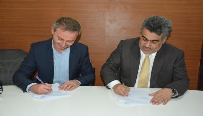 اليمن توقع اتفاقيتين أساسيتين مع منظمتي أطباء بلا حدود الإسبانية والسويسرية