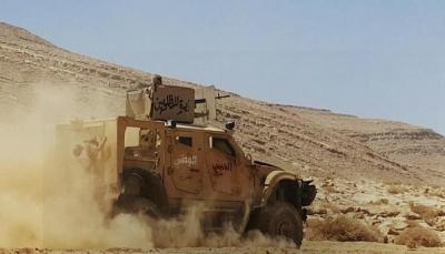 """قوات الجيش تحرر سلسلة جبال """"الزلزال"""" في نهم وتقطع خط إمداد الميلشيات شرق صنعاء"""