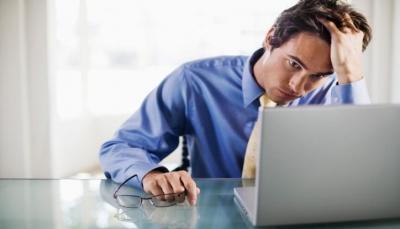 دراسة: اضطرابات المزاج والتوتر يؤثر على المعدة