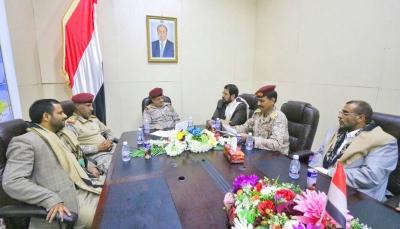 المقدشي يطلع على سير العمليات العسكرية في صعدة معقل المليشيا الحوثية