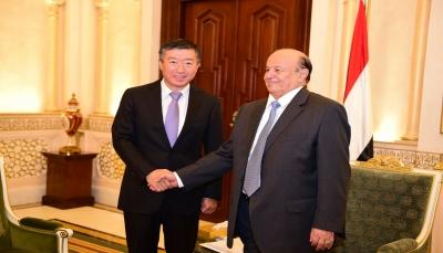 هل تسحب الصين «بساط» النفوذ الإماراتي في اليمن؟
