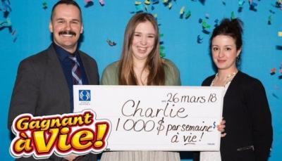 كندية تفوز ببطاقة يانصيب بها 1000 دولار أسبوعيا مدى الحياة
