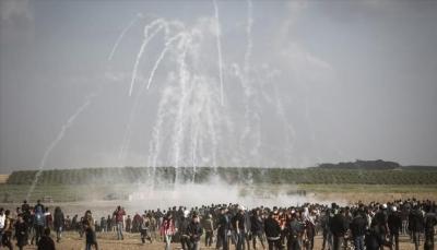 """15 شهيد وأكثر من 1400 جريج خلال """"مسيرة العودة"""" قرب حدود قطاع غزة"""