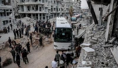 وصل عددهم 45 ألف.. القافلة الـ 12 من مهجري الغوطة الشرقية تصل إلى إدلب وريف حلب