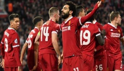 """""""محمد صلاح"""" لؤلؤة كرة القدم العربية يرتقي إلى مستوى كريستيانو رونالدو وميسي"""