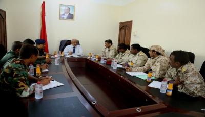 """اجتماع يناقش تفعيل المؤسسات الأمنية في المديريات المحررة بـ""""الحديدة"""""""