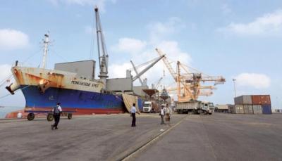برنامج الأغذية العالمي: ميناء الحُديدة اليمني ما يزال يعمل رغم القتال