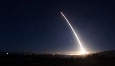 التحالف يعلن إعتراضه صاروخاً باليستياً في سماء خميس مشيط أطلقته مليشيا الحوثي