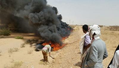 مسؤول أمني بشبوة يكشف أسباب تصاعد الدخان من أنبوب النفط شرقي عتق