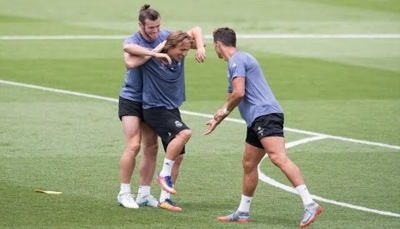 زيدان يستبعد رونالدو ومودريتش وبيل من مباراة ريال مدريد في ملقة