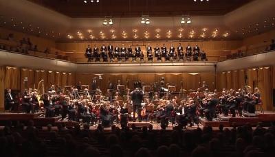 """الموسيقار العالمي """"يانسون"""" يعزف سيمفونية من كلمات توكل كرمان"""