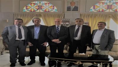 السفير البريطاني: سنقدم كل المساعدة لإيقاف الحرب في اليمن