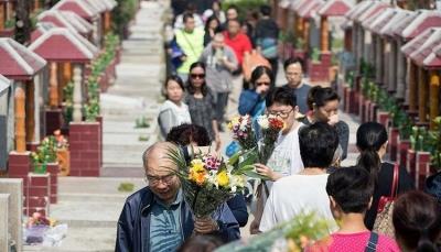 تعرف على سبب شراء الصينيين قبورهم وهم في عز الشباب؟