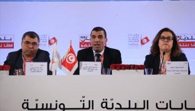 نسبة المشاركة في الإنتخابات البلدية التونسية وصلت إلى 21%