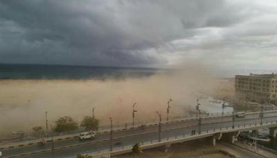 """تحذير من """"تأثيرات خطيرة"""" لإعصار """"ساجار"""" على السواحل الجنوبية والشرقية"""