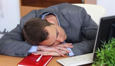 الأشخاص الذين يعانون من نوم متقطع أكثر عرضة لاضطراب المزاج