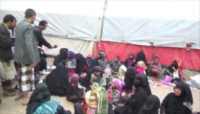 """الضالع: جمعية البشائر تقيم مخيم إفطار جماعي للنازحين والمسافرين بـ""""بمريس"""""""